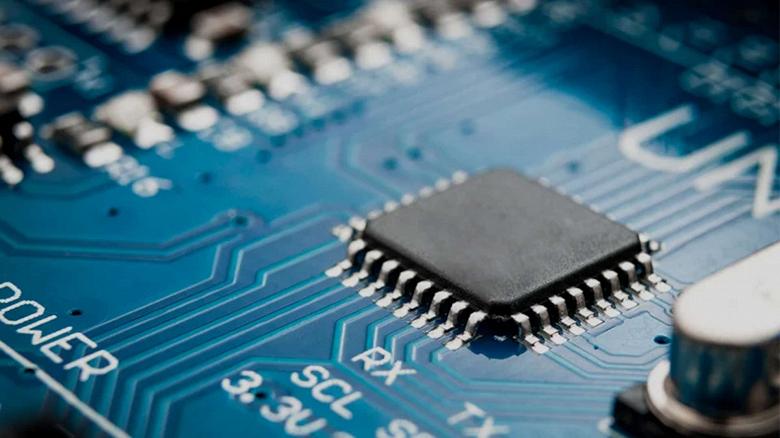«Сегодня всё сложнее купить неумное устройство». Дефицит микросхем взвинтил акции производителей