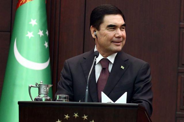 Бердымухамедов учредил праздник туркменского алабая