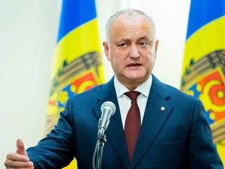 Додон: в Молдавии нужно ввести чрезвычайное положение для преодоления кризиса