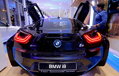Минпромторг расширил список облагаемых налогом на роскошь автомобилей