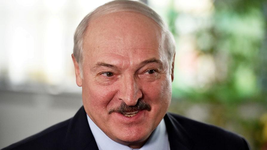 Лукашенко опроверг слухи о передаче власти старшему сыну