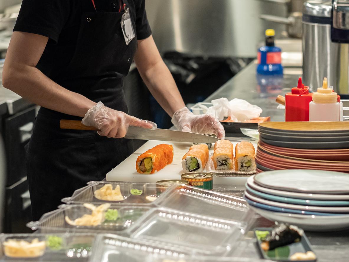 В России стало больше суши-баров, пекарен и пиццерий